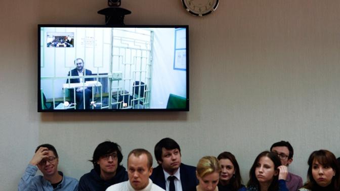 СК РФ сообщил о задержании троих высокопоставленных силовиков из КЧР по делу Арашуковых