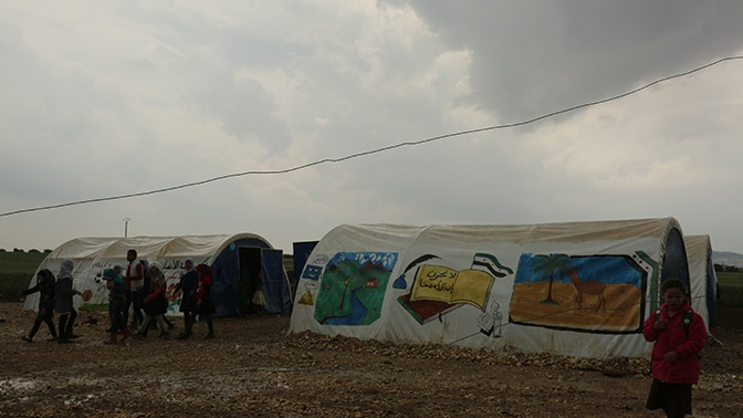 Почти 400 беженцев смогли покинуть «Эр-Рукбан» за сутки