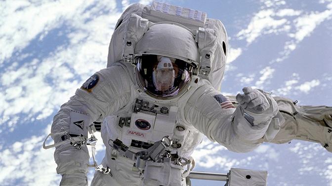 Российских космонавтов начнут готовить к высадке на Луну и Марс