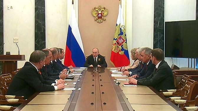 Путин обсудил с Совбезом РФ ультиматум Ирана по СВПД