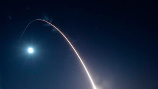 США произвели пуск новой межконтинентальной баллистической ракеты Minuteman III