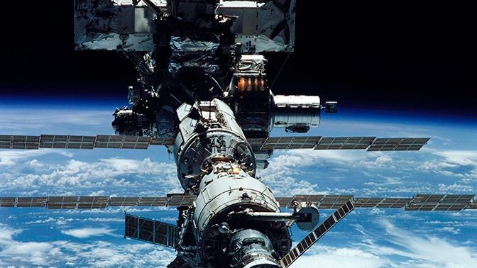 Россия сделала NASA замечание из-за запаха спирта на МКС