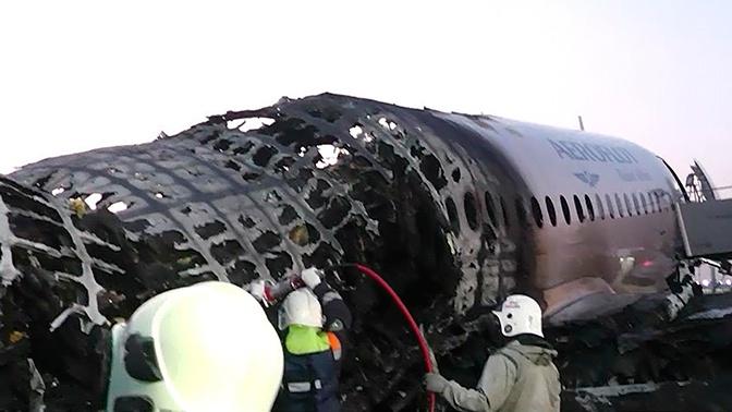 В полиции опровергли версию о гибели пассажиров SSJ-100 из-за затора в проходе