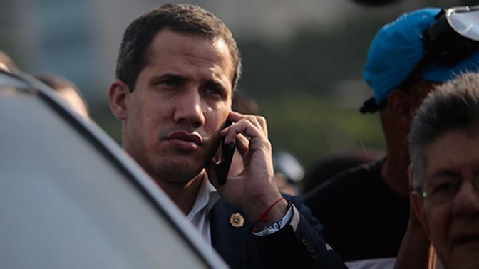 Гуайдо приказал представителю в США встретиться с военными