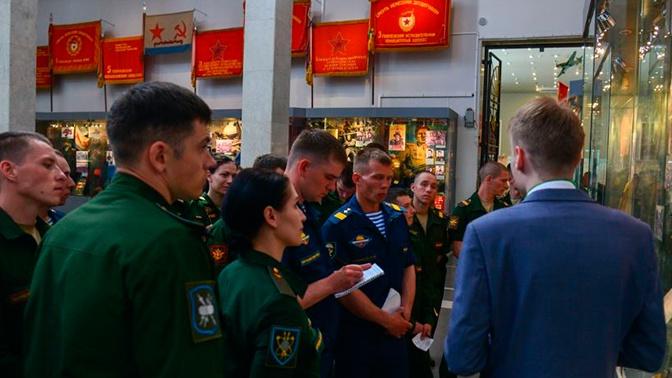 «Атлеты», «Снайперы» и «Профессионалы»: в Москве выявляют лучших военных для конкурса «Воин мира»