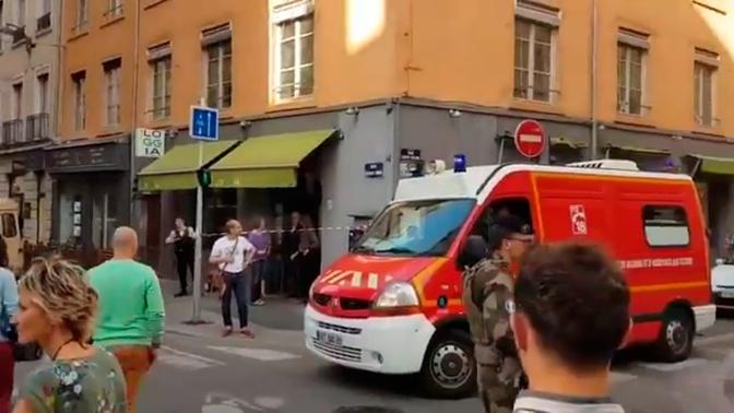 Подозреваемый в подрыве СВУ во французском Лионе попал на фото