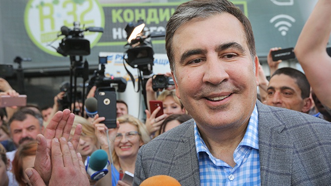 Выход из политического небытия: какова реальная причина возвращения Саакашвили на Украину