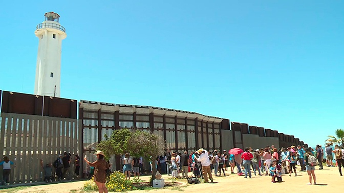 Мексика разместит на границе бойцов Нацгвардии для сдерживания мигрантов