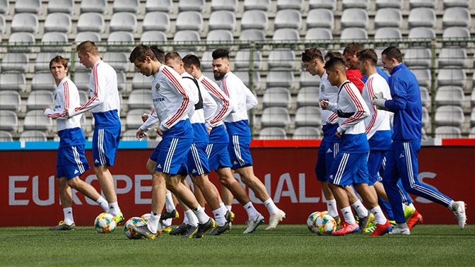 Сборная России по футболу поднялась в рейтинге FIFA