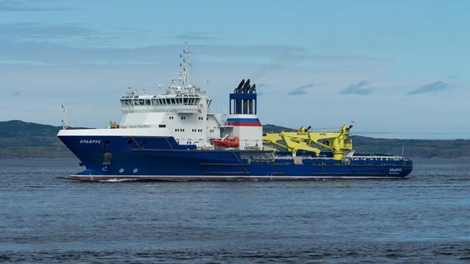 Суда обеспечения Северного флота начали проход Панамского канала