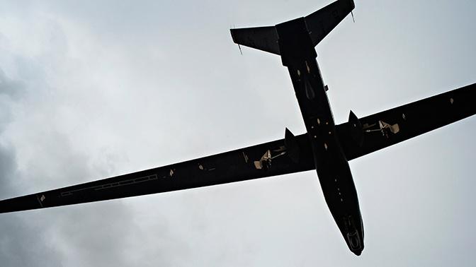 Два американских военных самолета заметили у Крыма