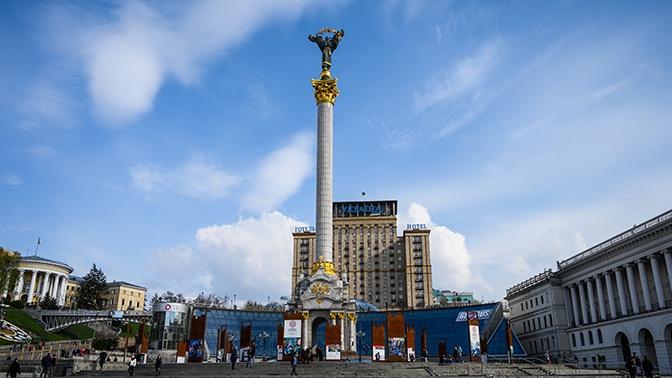Внезапно: суд отменил присвоение проспектам в Киеве имен Бандеры и Шухевича