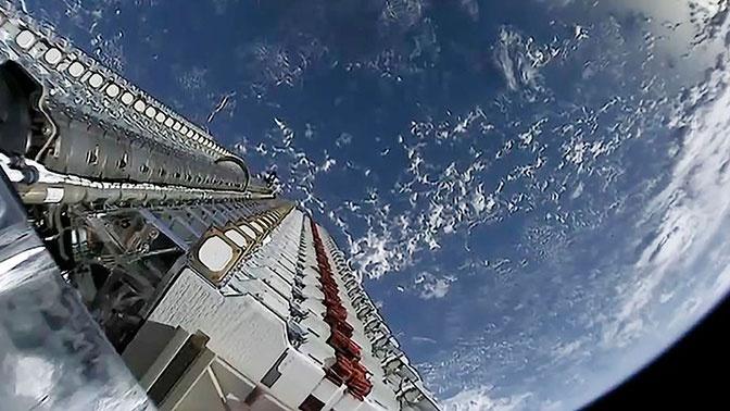 SpaceX потеряла связь с тремя спутниками