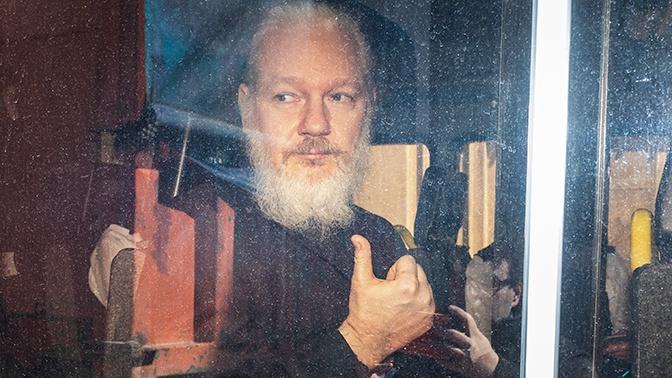 Главред WikiLeaks рассказал о психологическом состоянии Ассанжа
