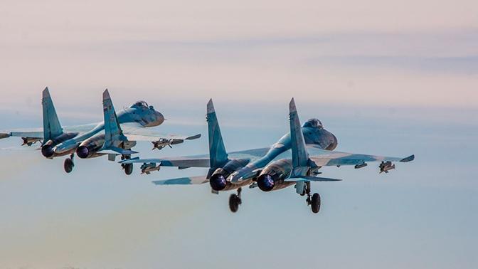 Российский Су-27 перехватил самолет-разведчик США над Черным морем