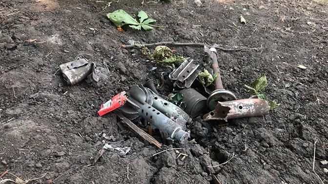 Первые кадры с места обстрела села Коминтерново в Донецкой области