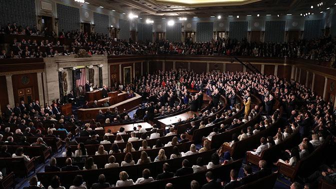 Конгресс США одобрил санкции против госдолга России