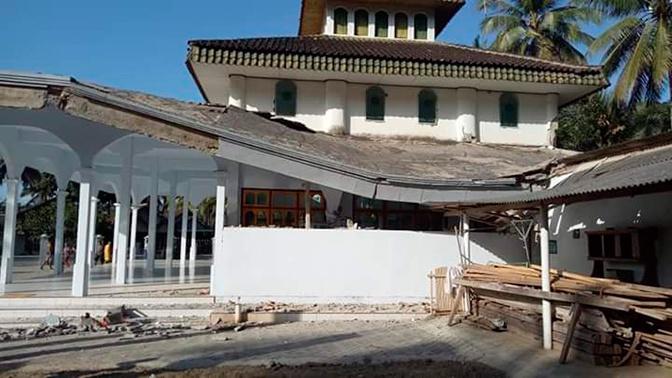 Острова Бали и Ява сотрясло мощное землетрясение