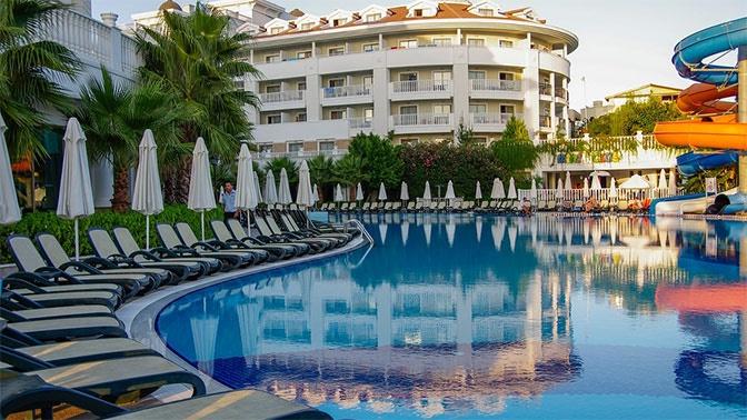 Турция массово снижает цены на отели для российских туристов