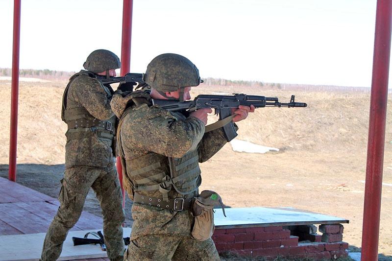 «Снайпер» - этап по огневой подготовке.