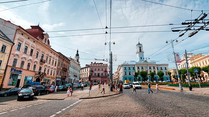 Украинская пиццерия решила отпугнуть русскоговорящих оскорбительной вывеской