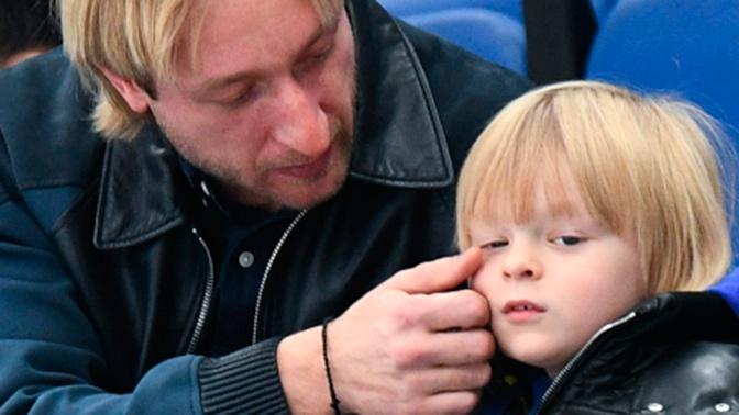 Сын Плющенко попал в больницу