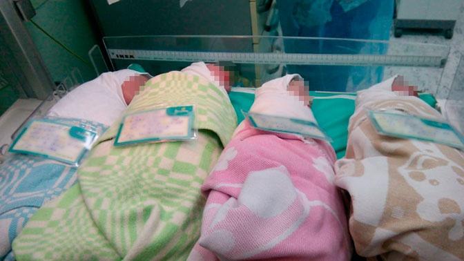 Жительница Петербурга в 37 лет родила четверню
