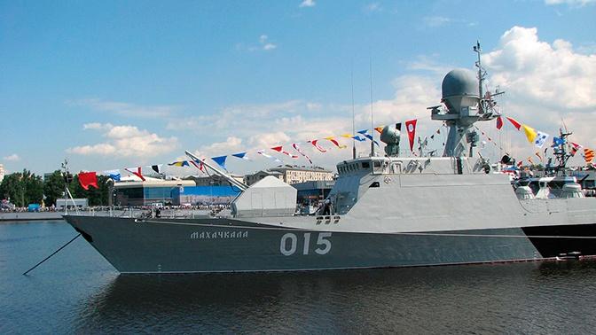 Готовились с большим состязательным накалом: главком ВМФ РФ об АрМИ-2019