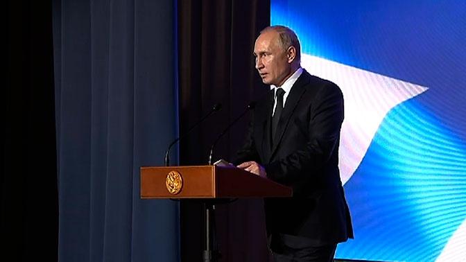 Путин назвал долю современных вооружений в ВМФ