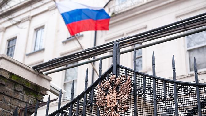 В посольстве России ответили на решение США ввести второй пакет санкций