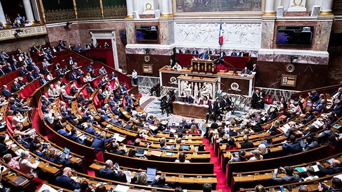 Царские выплаты: во Франции вновь подняли вопрос об облигациях времен Российской империи