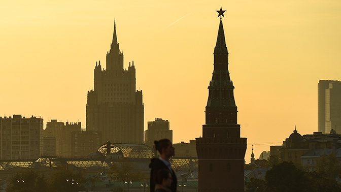 Кремль объяснил отставку посла РФ в Великобритании