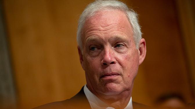 МИД РФ прокомментировал сообщения об отказе в визе сенатору США