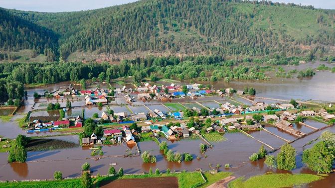 Синоптики назвали причину паводков в Сибири и аномальных дождей в Приморье