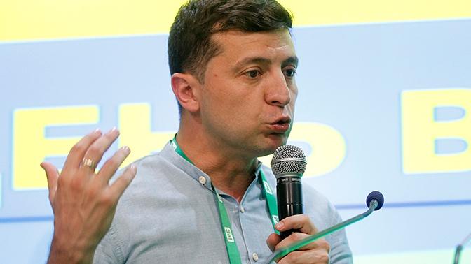 Зеленский уволил экс-главу Генштаба ВСУ с военной службы