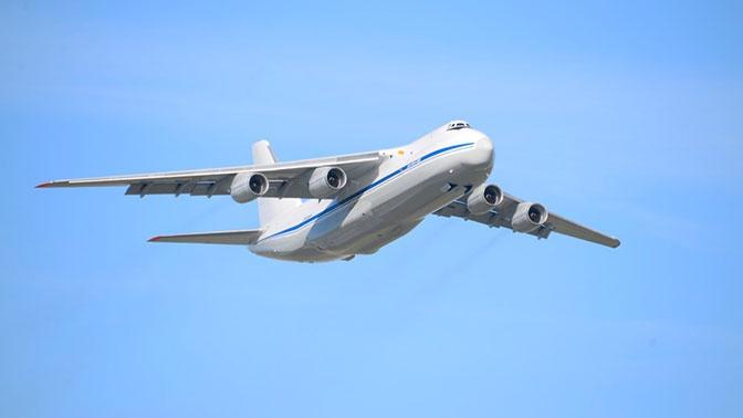 Сверхтяжелый транспортник Ан-124-100 «Руслан» передан в эксплуатацию