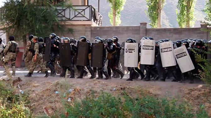 Прокуратура проверит действия полиции при задержании Атамбаева