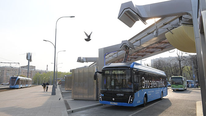 СМИ сообщили о планах ВЭБ полностью обновить городской транспорт в России
