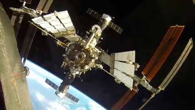 Высоту орбиты МКС увеличат на километр