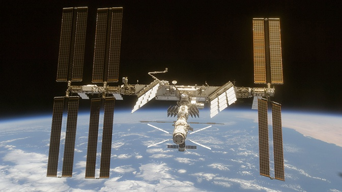 Космический подъем: высоту орбиты МКС увеличили еще на километр