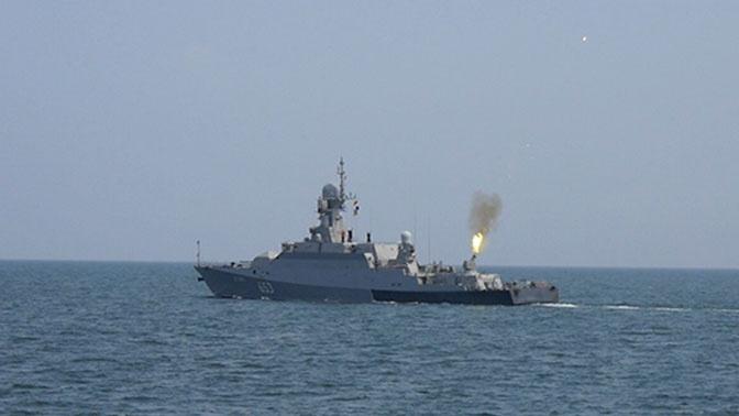 Корабли Каспийской флотилии в ходе учений «Центр-2019» отразили авианалет «противника»