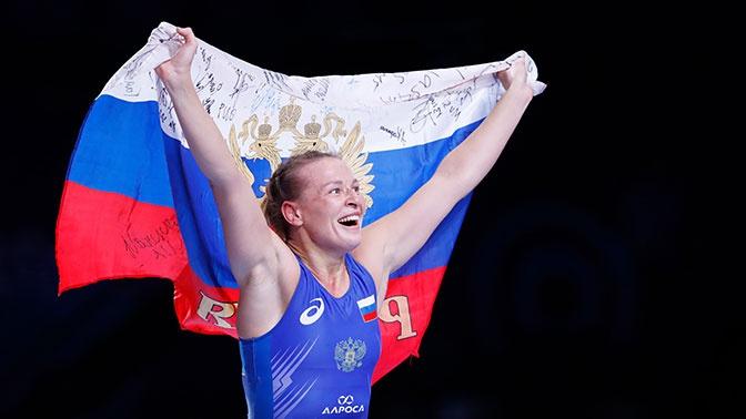 Лучший в истории результат: россиянки триумфально выступили на ЧМ по борьбе