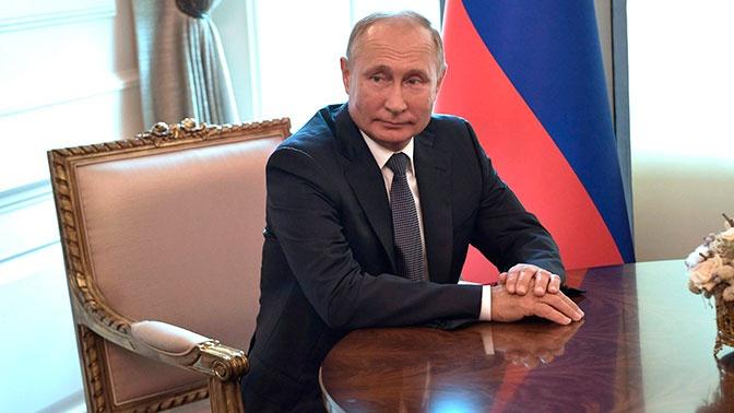 Путин назвал СМИ действенным механизмом общественного контроля
