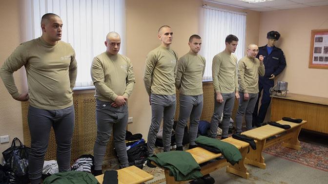 Хочу служить: в РФ растет число желающих попасть в армию, несмотря на отсрочку