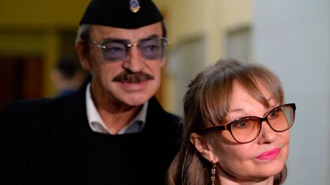 «У нас что, никто не нарушает?»: жена Боярского оправдала его поведение