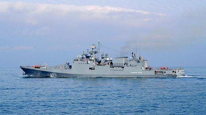 «Адмирал Эссен» взял на сопровождение американский эсминец «Портер» в Черном море