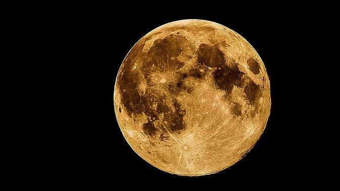 В Роскосмосе планируют сдавать в аренду лунную базу с собственной АЭС