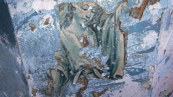 Уникальный архангел найден в петербургской церкви Благовещения
