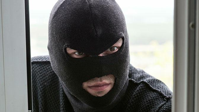 Следователи научились определять личность человека под маской