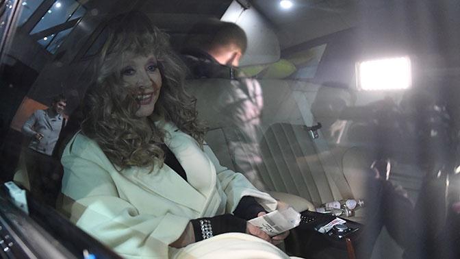 После скандала с авто на Рижском вокзале Пугачеву завозят в отстойник